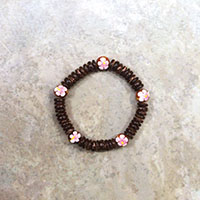 Stretch Bracelet Coconut Wood with Pink Hibiscus